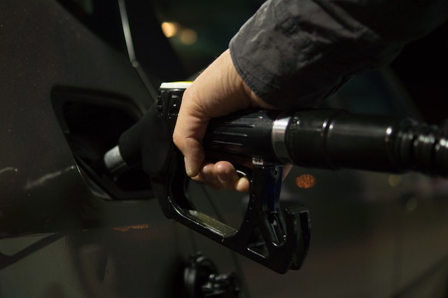 ガソリン系カード「車での釣行時、ガソリン代の足しに」